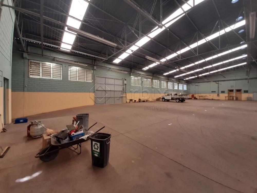 Alugar Comercial / Salão Industrial em Americana apenas R$ 18.000,00 - Foto 9