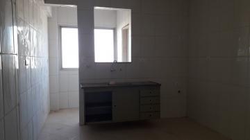 Apartamento / Padrão em Americana Alugar por R$700,00