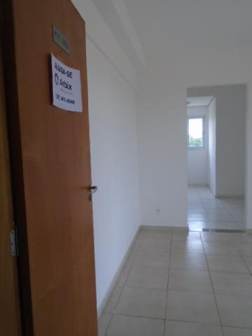 Alugar Apartamento / Padrão em Americana. apenas R$ 650,00